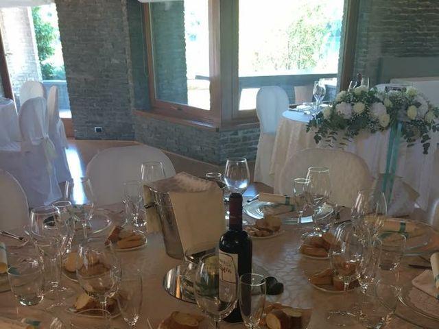 Il matrimonio di Christian  e Martina  a Fagnano Olona, Varese 16