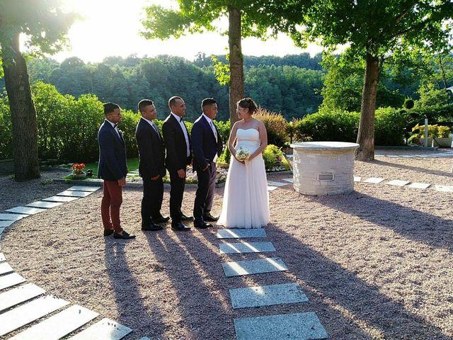 Il matrimonio di Christian  e Martina  a Fagnano Olona, Varese 23