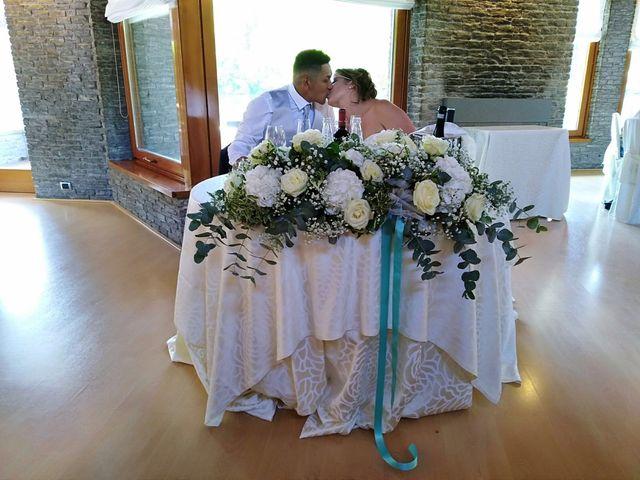Il matrimonio di Christian  e Martina  a Fagnano Olona, Varese 26