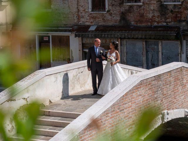 Il matrimonio di Michele e Gloria a Chioggia, Venezia 15