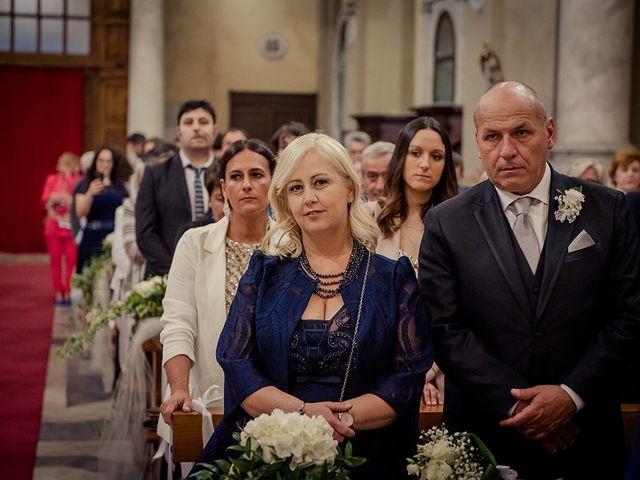 Il matrimonio di Simone e Giorgia a Bagnone, Massa Carrara 31