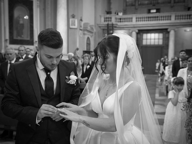 Il matrimonio di Simone e Giorgia a Bagnone, Massa Carrara 32