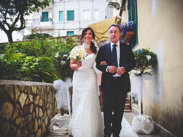 Il matrimonio di Piero e Stefania a Castellammare di Stabia, Napoli 32