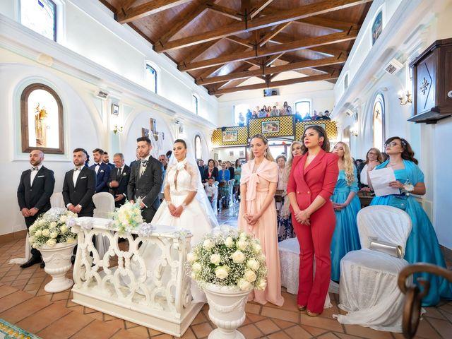 Il matrimonio di Flora e Alessandro a Salerno, Salerno 13