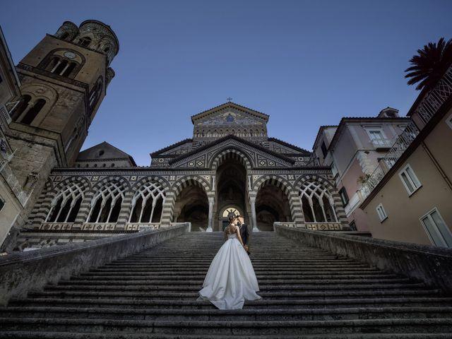 Il matrimonio di Flora e Alessandro a Salerno, Salerno 24