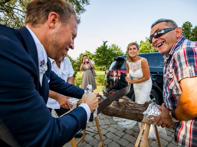 Il matrimonio di Alan e Lara a Castel San Pietro Terme, Bologna 24