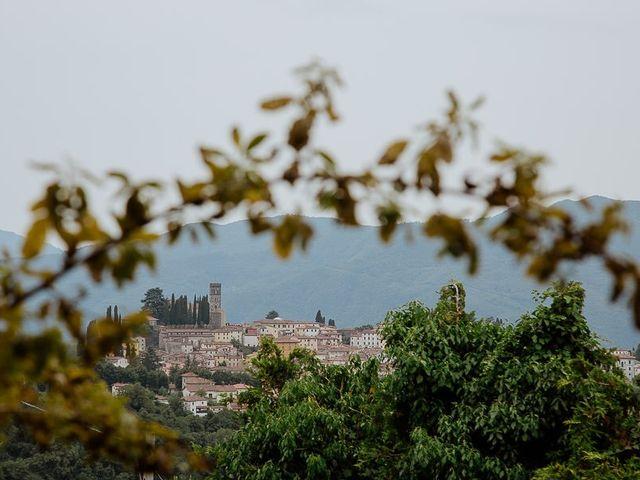 Il matrimonio di Barry e Emira a Barga, Lucca 3
