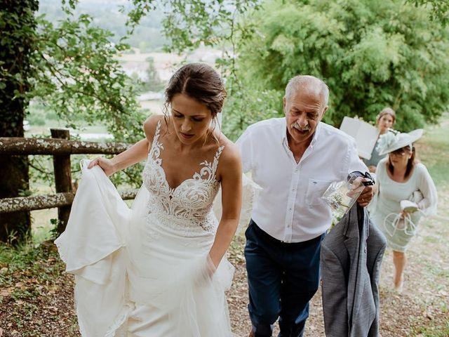 Il matrimonio di Barry e Emira a Barga, Lucca 25