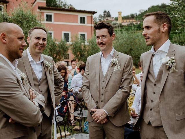 Il matrimonio di Barry e Emira a Barga, Lucca 28