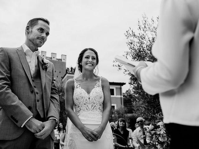 Il matrimonio di Barry e Emira a Barga, Lucca 33