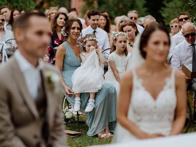 Il matrimonio di Barry e Emira a Barga, Lucca 39