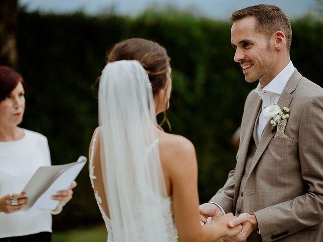 Il matrimonio di Barry e Emira a Barga, Lucca 40