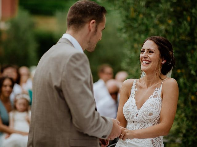 Il matrimonio di Barry e Emira a Barga, Lucca 41