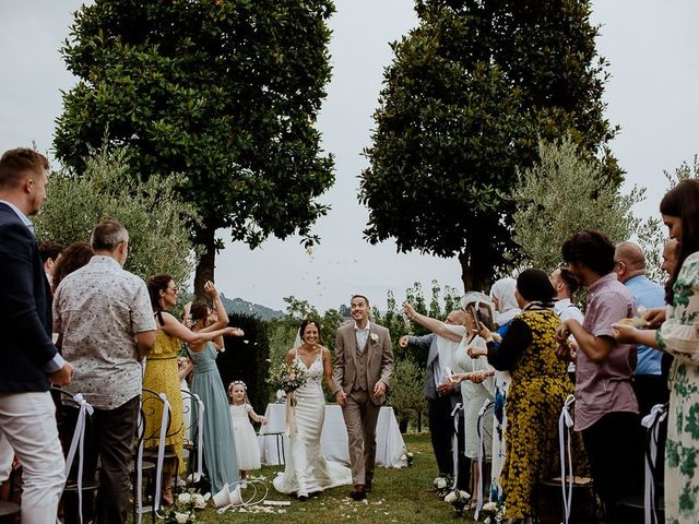 Il matrimonio di Barry e Emira a Barga, Lucca 45