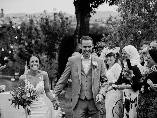 Il matrimonio di Barry e Emira a Barga, Lucca 46