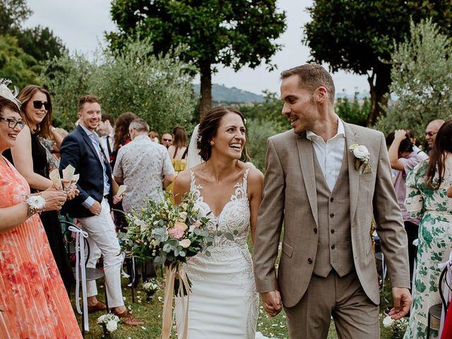 Il matrimonio di Barry e Emira a Barga, Lucca 47