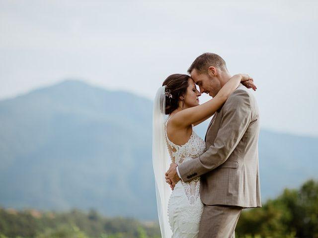 Il matrimonio di Barry e Emira a Barga, Lucca 60