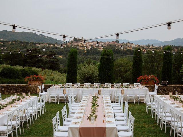 Il matrimonio di Barry e Emira a Barga, Lucca 65