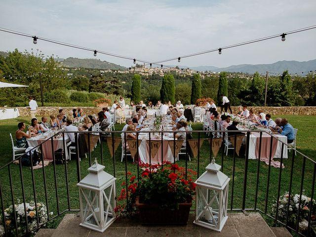 Il matrimonio di Barry e Emira a Barga, Lucca 69