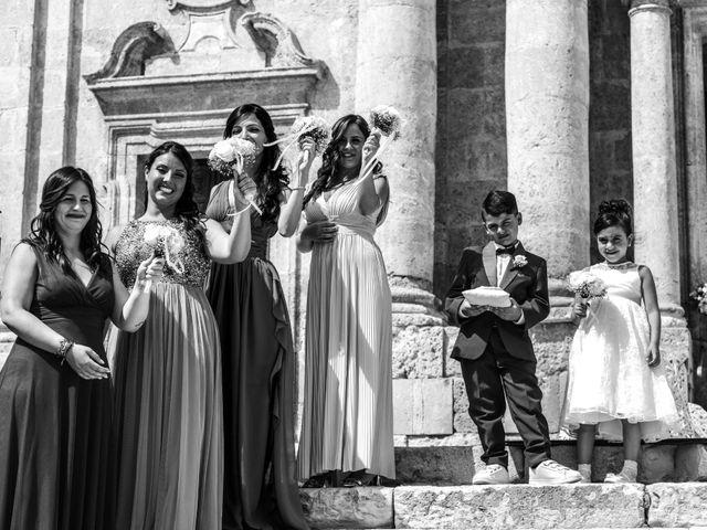 Il matrimonio di Salvatore e Rosaria a Palma di Montechiaro, Agrigento 26