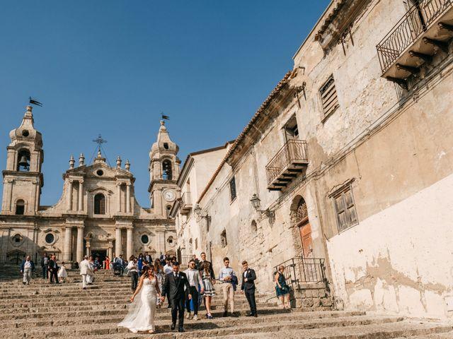 Il matrimonio di Salvatore e Rosaria a Palma di Montechiaro, Agrigento 42