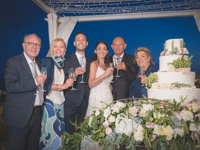 Il matrimonio di Luigi e Mary a Napoli, Napoli 7