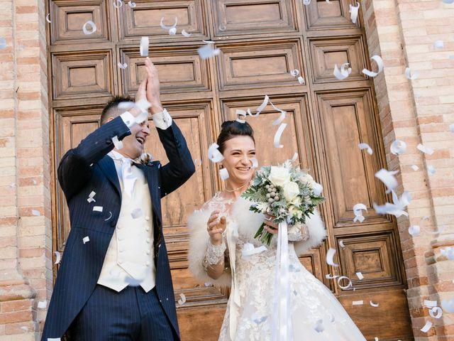 Il matrimonio di Maicol e Licia a Montefano, Macerata 31