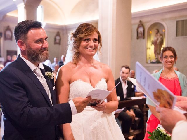 Il matrimonio di Massimo e Daniela a Cervesina, Pavia 11