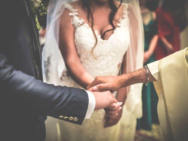 Il matrimonio di Christopher e Francesca a Latiano, Brindisi 8