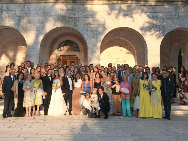 Il matrimonio di Cosimo e Elena a Monopoli, Bari 17