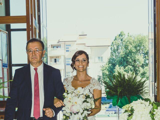 Il matrimonio di Fabrizio e Valeria a Tortoreto, Teramo 20