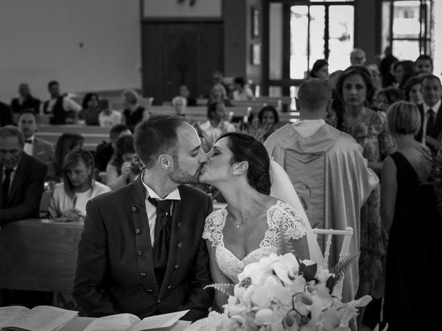 Il matrimonio di Fabrizio e Valeria a Tortoreto, Teramo 27