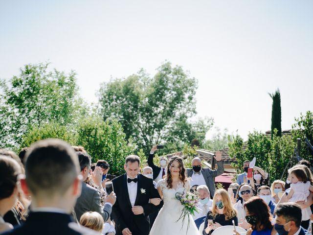 Il matrimonio di Tommaso e Chiara a Montaione, Firenze 23