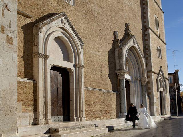 Il matrimonio di Gianluca e Daniela a Lucera, Foggia 30