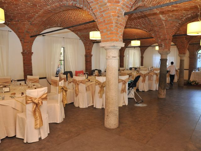 Il matrimonio di Davide e Claudia a Lonate Pozzolo, Varese 16