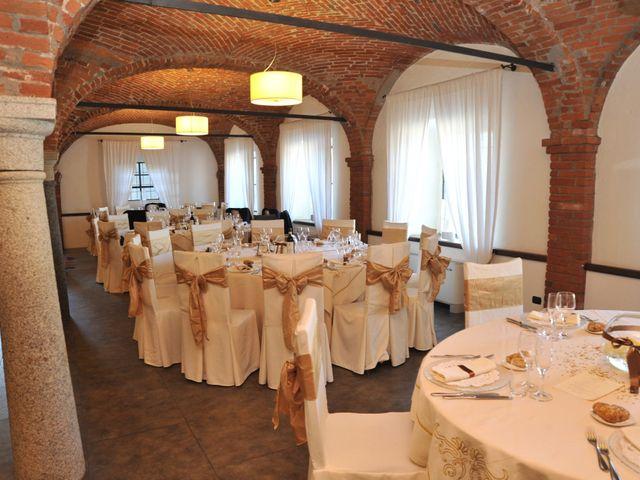 Il matrimonio di Davide e Claudia a Lonate Pozzolo, Varese 17