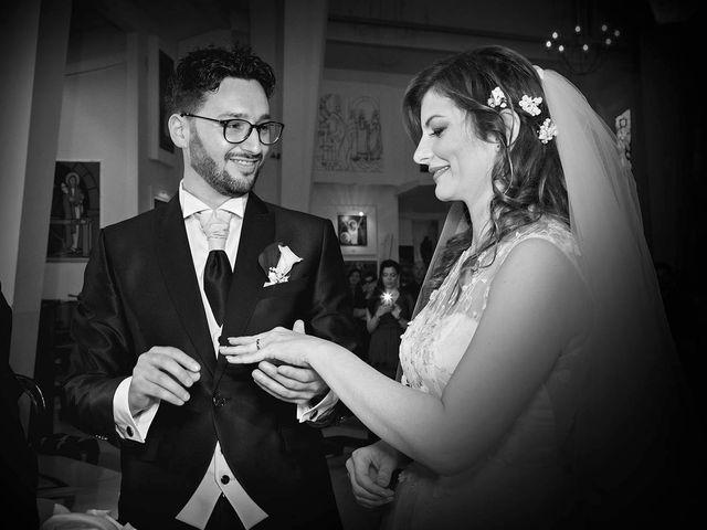 Il matrimonio di Michele e Clarissa a San Benedetto del Tronto, Ascoli Piceno 34