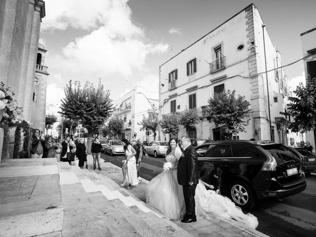 Il matrimonio di Tony e Esmy a Noci, Bari 9