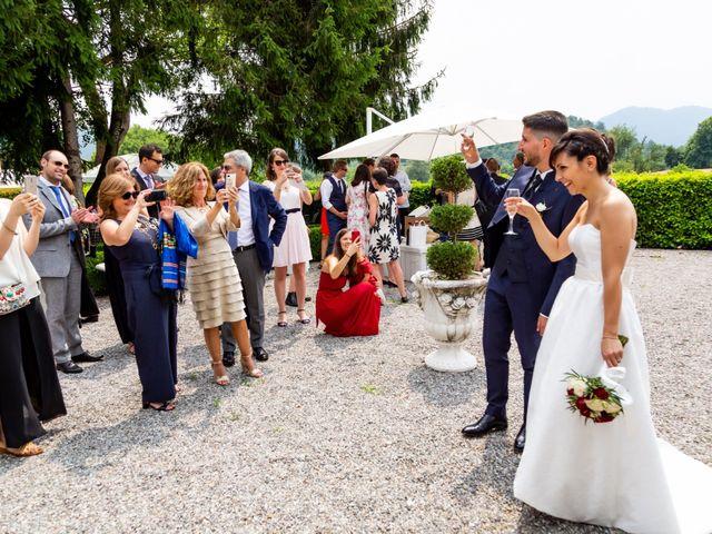 Il matrimonio di Julien e Irene a Malgrate, Lecco 32