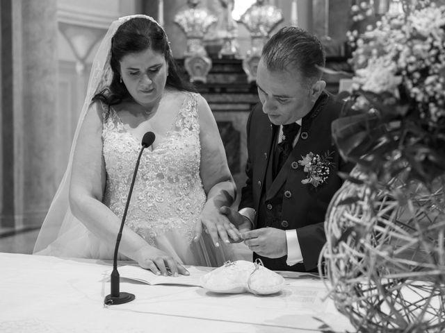 Il matrimonio di Emiliano e Maria a Nerviano, Milano 21
