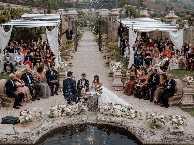 Il matrimonio di Max e Annalisa a Locri, Reggio Calabria 36