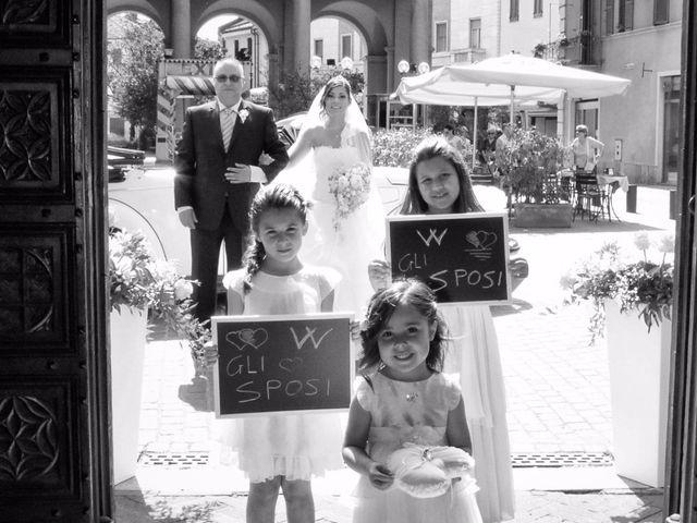 Il matrimonio di Mario e Simona a Mortara, Pavia 16