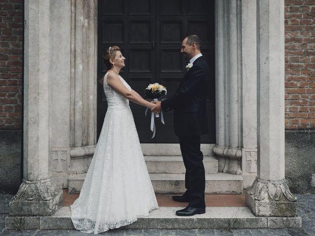 Il matrimonio di Massimo e Elena a Seregno, Monza e Brianza 10