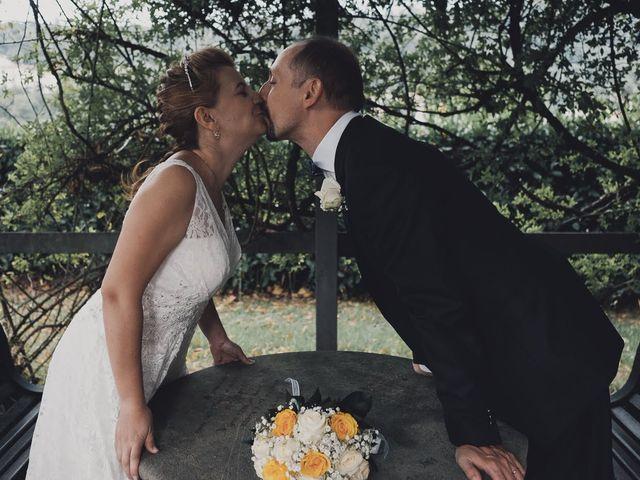 Il matrimonio di Massimo e Elena a Seregno, Monza e Brianza 16