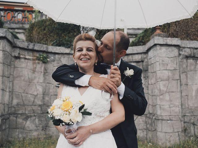 Il matrimonio di Massimo e Elena a Seregno, Monza e Brianza 20