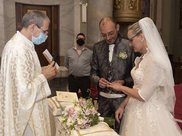 Il matrimonio di Luca e Silvia a Robecco sul Naviglio, Milano 19
