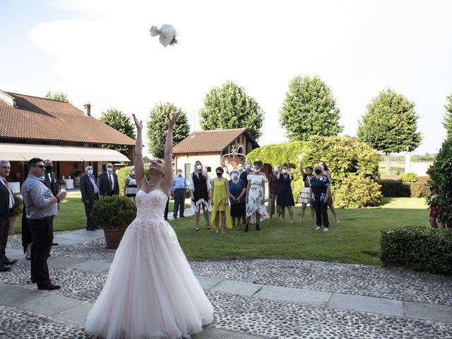 Il matrimonio di Luca e Silvia a Robecco sul Naviglio, Milano 48
