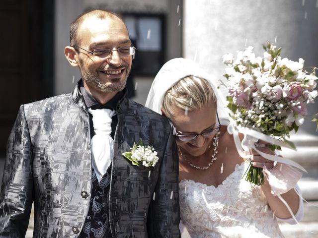 Il matrimonio di Luca e Silvia a Robecco sul Naviglio, Milano 23