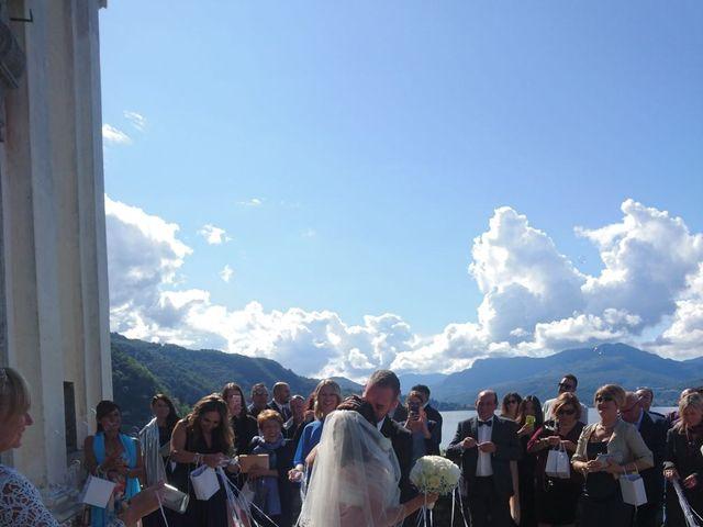 Il matrimonio di Martin e Martina a Luino, Varese 4