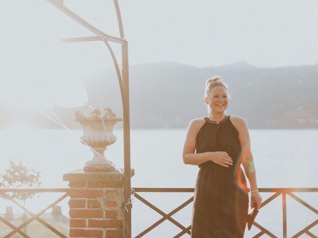 Il matrimonio di Thomas e Julia a Ranco, Varese 5